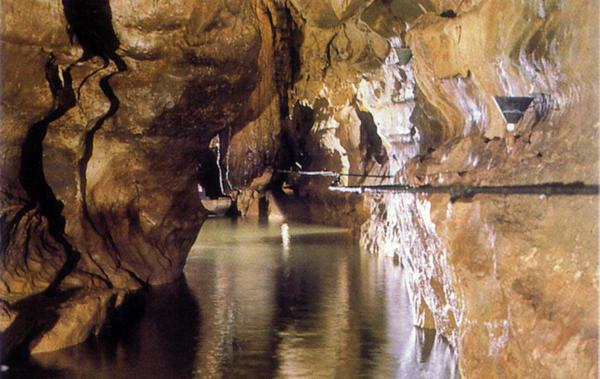Grotte souteraine de Labouiche
